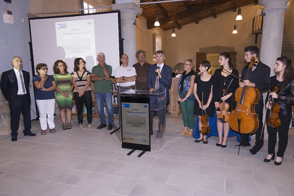 A Don Michele il Premio di Cittadinanza Europea 2015