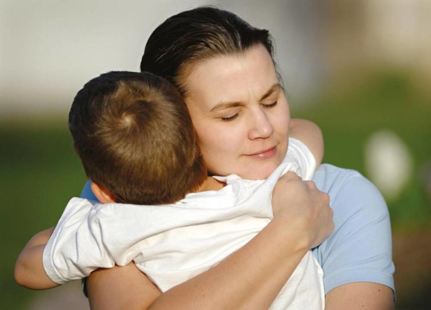 Prelievo forzato dalla madre solo in casi estremi e mai prima di aver verificato le capacità di recupero del genitore